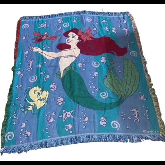Vintage Ariel Blanket